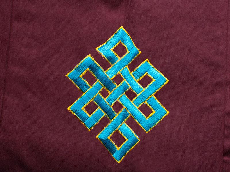 Mönchstasche Lama Bag Unendlichen Knoten