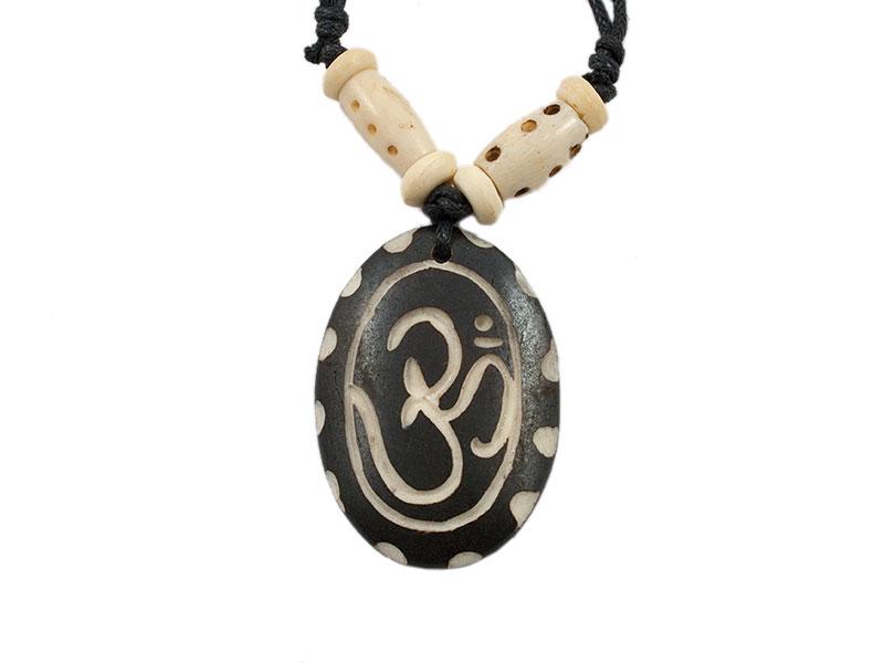 Kette aus Yak-Knochen mit Om Symbol