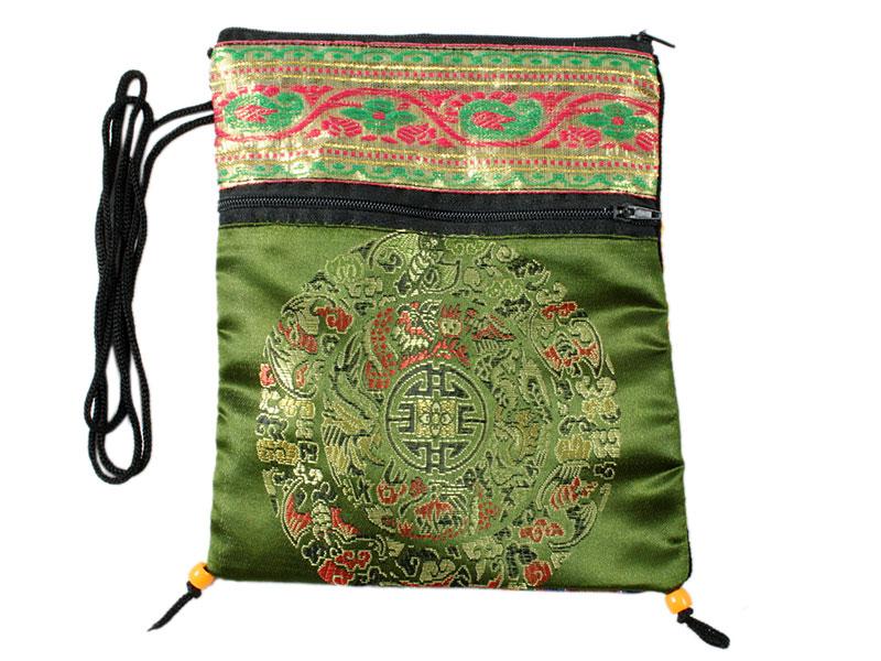 Umhängetasche aus Brokat mit Mandala Motiv