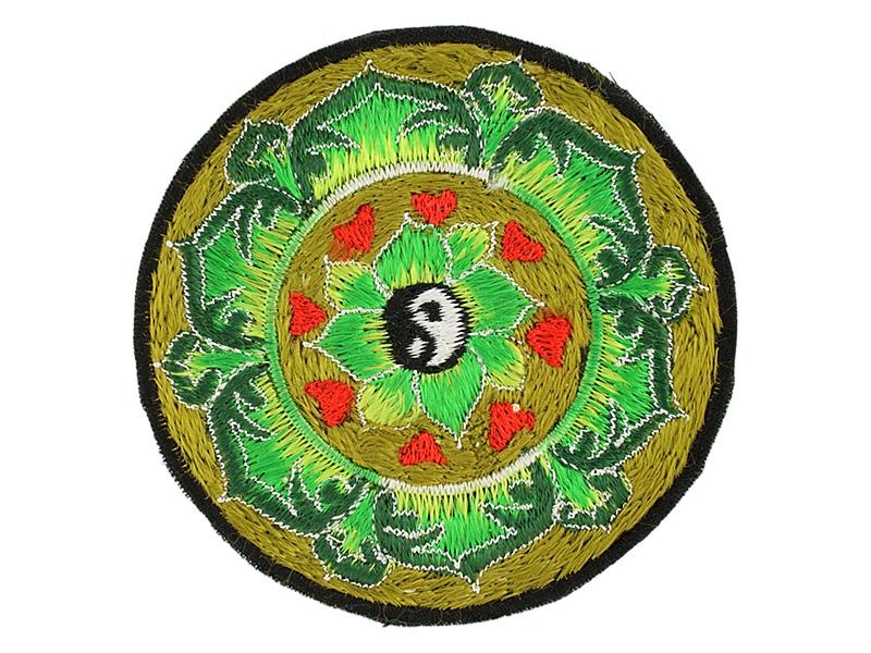 Aufnäher / Patch Yin und Yang im Lotus mit Herzen