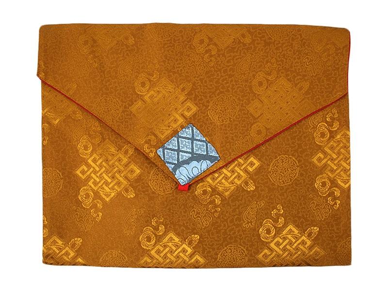 Tibetische Buchhülle Brokat unendlicher Knoten A4 ocker