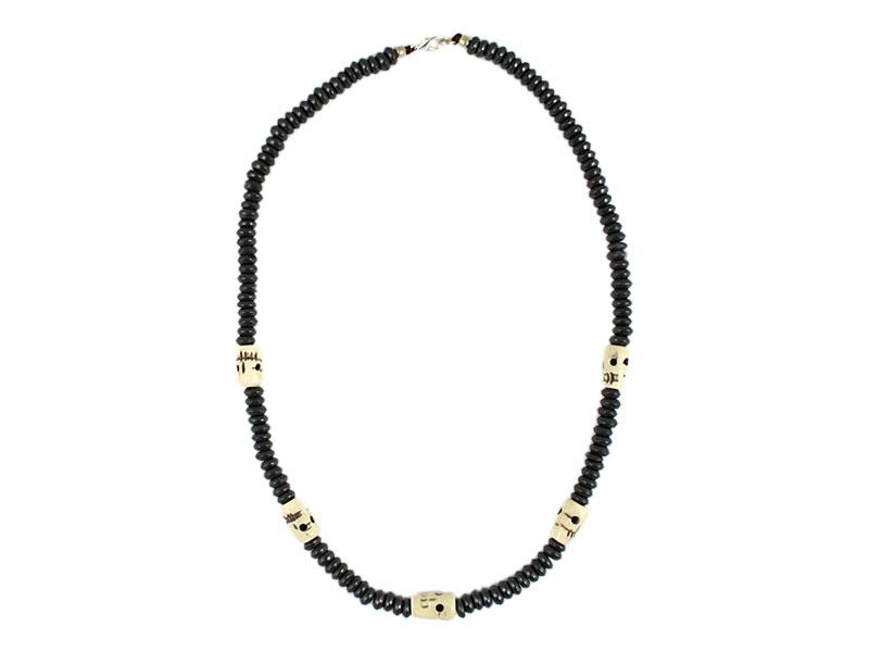 Halskette Surferkette mit fünf Totenkopf Schädel